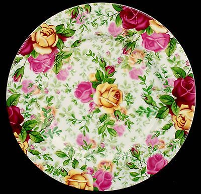 Royal Albert ~ Old Country Roses Chintz ~ 20cm Accent Side / Dessert Plate