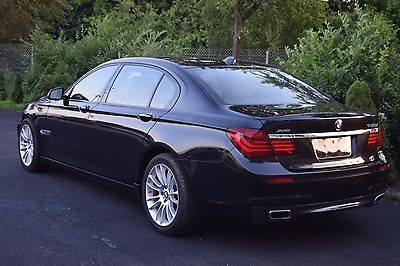 2014 BMW 7-Series 4 DOOR SEDAN 2014 BMW 750liXDrive M PACKAGE SPORT !!! s550 a8 760li
