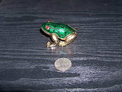 Green enamel crouching frog with red crystal eyes hinged trinket box