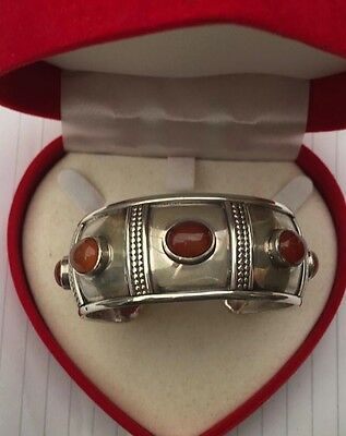 Vintage Egyptian Silver Bangle Bracelet from Egypt 44G