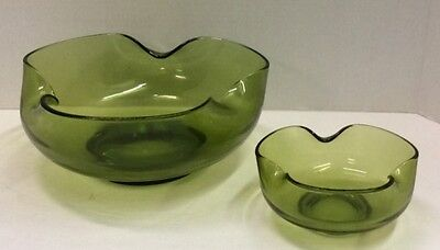 Vintage Decorative Green bowls. One large and one small.