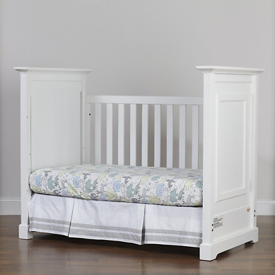Centennial Chesapeake Classic  3-in-1 Crib- White