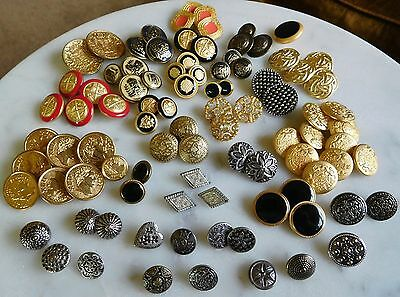 LOT OF 93 VICTORIAN ANTIQUE VINTAGE METAL ENAMEL BUTTONS with Sets