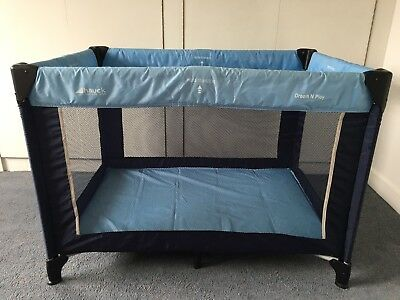 Hauck Dream N Play Travel Cot And Extra Mattress