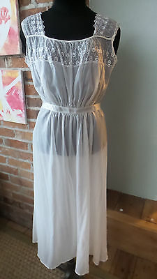 Vintage Lingerie / Nightgown White with Lace Accents Ribbon Ties