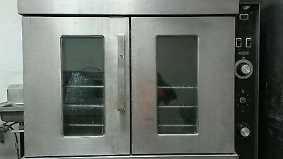 hobart single oven good used conditon used in a bakery only