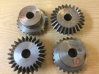 4 X Bevel Gear 1:1 Ratio  26 Teeth  151-130-026
