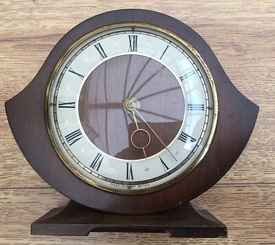 VINTAGE 1950's/60s SMITHS 30 Hour WOODEN MANTEL CLOCK (1259)