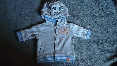 F&f Grey Long Sleeved Hoodie With Lion Up To 1 Month 56 Cm 4.5 Kg
