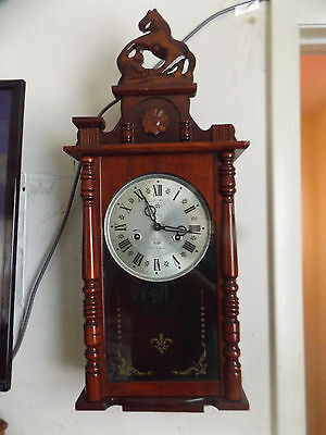 31 Day Wall Clock Wood For Parts Or Repair Horse Top