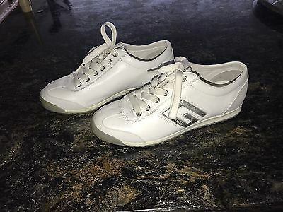 Guess Women's White Leather Sneakers Size 7