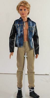 Ken New Original Fashion Outfit with Necklace and Shoes CLOTHES ACCESSORIES
