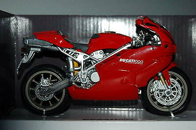DUCATI  999  1/12th  MODEL  MOTORCYCLE  RED