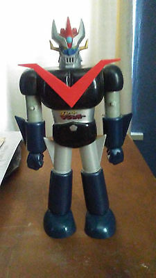 "Mazinger Z 13""+ figure  with spring operating fists"