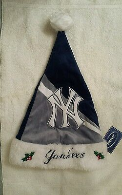 MLB New York Yankees Santa Hat Forever Collectibles Adult Size NWT