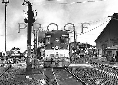 SOUTHERN PACIFIC - Fine B&W 8x10 view of outbound tracks Bakersfield CA 4/52
