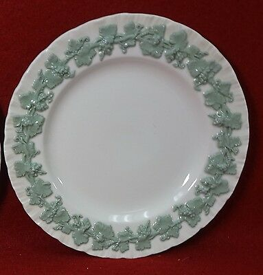 WEDGWOOD china QUEENSWARE Celadon on Cream Shelledge Bread Plate - 6-1/4""