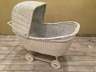 Vintage Shabby Chic Wicker Bassinet - Pick Up Only!