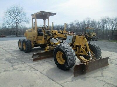 1997 Champion C70A Articulated Motor Grader, ROPS, Front Blade, Cummins Diesel