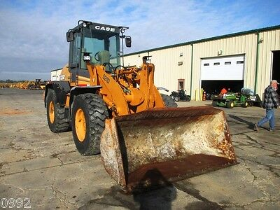 2003 Case 521D Articulated Wheel Loader, Cab, Heat, 3rd Valve, 5682 Hours