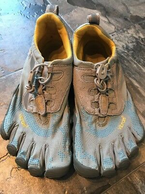 Vibram Women's Size 37 Gray Fivefingers Running Athletic Shoes 7