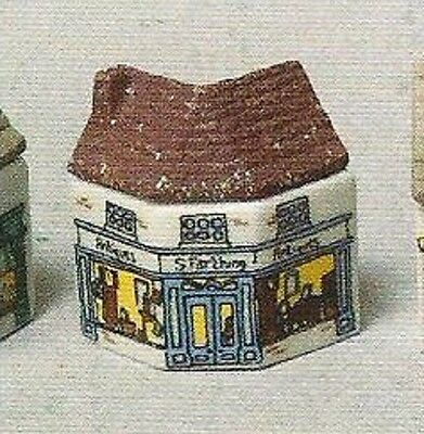 Wade.whimsey-On-Why, Antique Shop  Set 2 A981