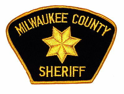 MILWAUKEE COUNTY WISCONSIN WI Police Sheriff Patch GOLD STAR VINTAGE OLD ~