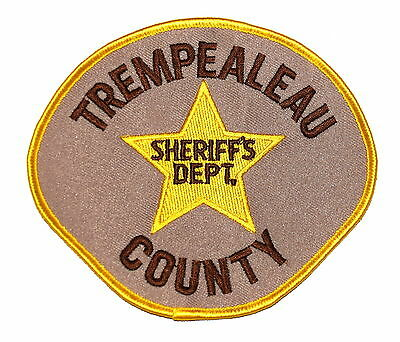 TREMPEALEAU COUNTY WISCONSIN WI Police Sheriff Patch GOLD STAR OLD MESH ~