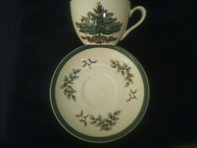 Spode Christmas Tree Teacups & Saucers Set Of 10