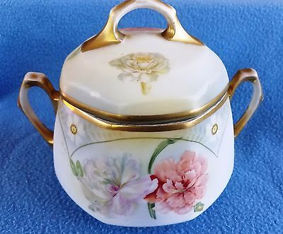 Vintage Antique Sugar Bowl w/Lid~Hand Painted~Gold Gilt~Still in good condition