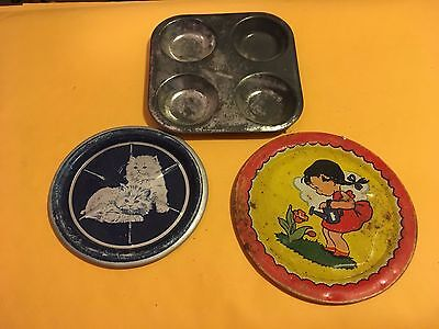1950's Aluminum/Tin Childrens Plates and a Muffin Pan