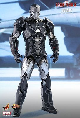 IRON MAN 3 - Mark XV 'Sneaky' 1/6th Scale Action Figure MMS348 (Hot Toys) #NEW