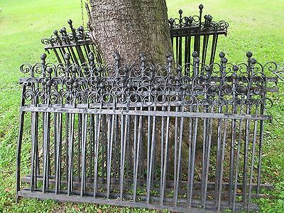 Antique Victorian iron fence 100 feet, 2 gates, & 17 sections nice original cond