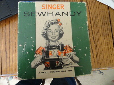 Vintage Singer Sewhandy Model 20 Sewing Machine W Org Box  -Toy-Antique