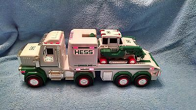 2013 HESS Truck and Tractor Toy lights & flashing lights all work
