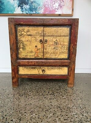 Authentic Antique Chinese cabinett