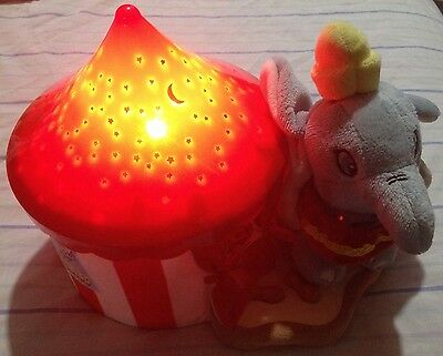 Cloud B, Disney Baby - Dumbo Dreamy Star Soother, 8423-db Red Blue Light Up Lamp