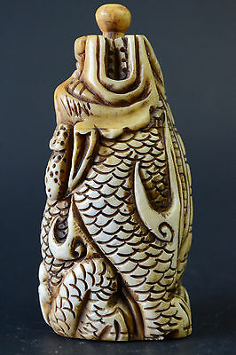 China Collectible Decor Old Bone Carving Dragon God Noble Snuff Bottle