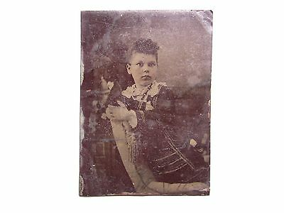 OLD VINTAGE ANTIQUE TIN TYPE PHOTO PORTRAIT of  A BEAUTIFUL PRETTY YOUNG GIRL