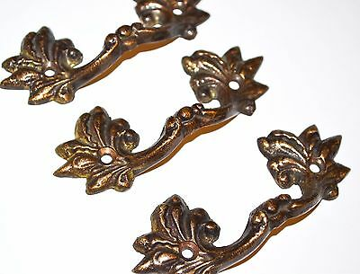"Antique Drawer Pull Cast Brass Ornate French Leaf 2 1/4"" Center L16"