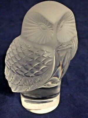 Lalique Crystal Paperweight, Chouette Owl Figurine