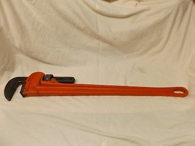 ROTHENBERGER  7.0156  36inch/900mm  One handed heavy duty pipe wrench .