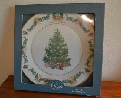 Lenox 1995 Christmas Trees Around the World Austria Limited Edition Plate IN BOX