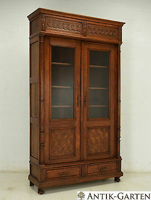 antik b cherschrank eiche massiv jugendstil um 1920 vitrinen schrank eur picclick de. Black Bedroom Furniture Sets. Home Design Ideas