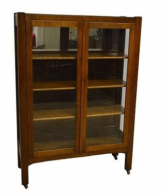 Antique Quartersawn Oak Mission Style China Display Cabinet Curio Closet