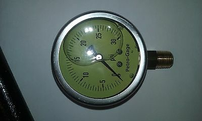 "2 1/2"" Liquid Filled  0-30 Psi Pressure Gauge  1/4""  Npt Bottom Mount"