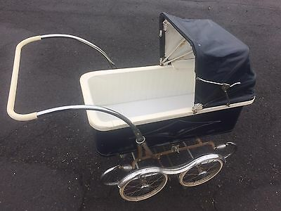 Bilt-Rite  Baby Carriage In Great Shape. Works. Original Everything.