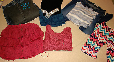 Huge lot of junior trendy clothes size s/xs Aeropostaoe, Bullhead, Levis, & more