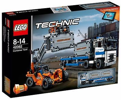 Lego Technic 42062 Container Yard  *  Brand New