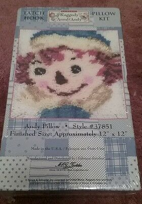 NIB Raggedy Ann and Andy Latch Hook Rug PILLOW Kit ANDY MADE IN THE USA.